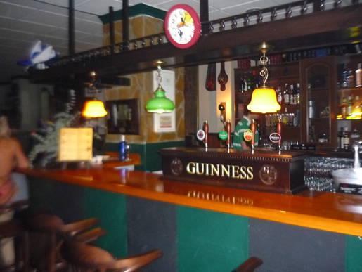 Proyecto valencia ver tema cervecer as irlandesas for Decoracion de cervecerias