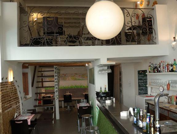 Picnic tapas bar en restaurantes valencia el carmen - Decoracion de bares de tapas ...